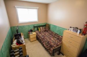 7020 153A Ave, Edmonton, AB