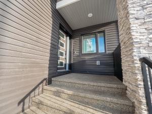 2 Elwyck Gate, Spruce Grove, AB