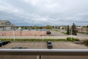 307 10511 42 Av NW, Edmonton, AB