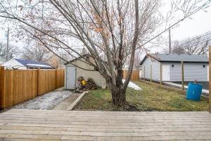 12022-95 Street NW, Edmonton, AB