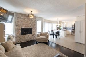 15711-131 street, Edmonton, AB