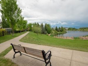 1681 Tomlinson Common NW, Edmonton, AB