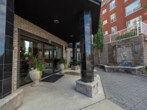 404, 30 St. Joseph Street, St. Albert, AB