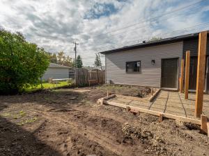 8928 148 ST NW, Edmonton, AB