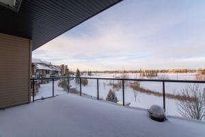 238 Ambleside Drive SW, Edmonton, AB