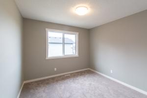 7324 Chivers Cres. SW, Edmonton, AB