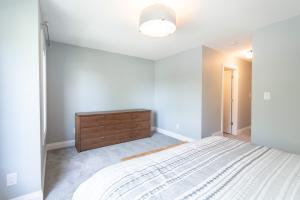 11006 131 Street NW, Edmonton, AB