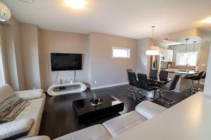 189 Hawks Ridge Blvd NW, Edmonton, AB