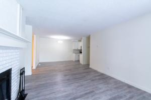 107-6208 180 Street NW, Edmonton, AB